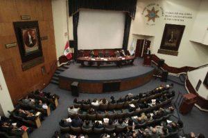 Crean registro de abogados sancionados por mala práctica profesional