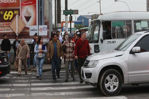 Supervisan puntos críticos de tránsito vehicular y peatonal