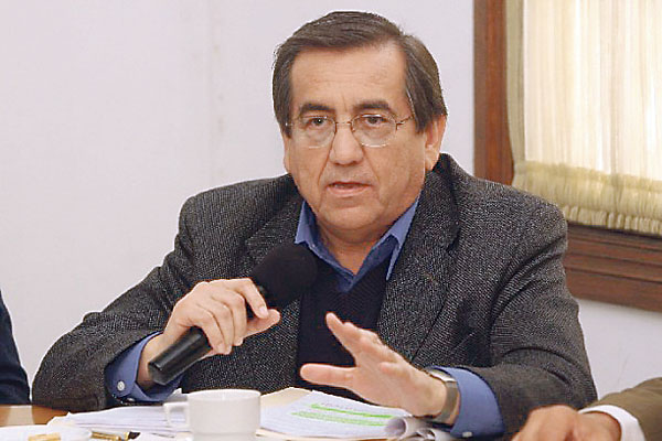 Jorge del Castillo denuncia que hay presiones en PJ