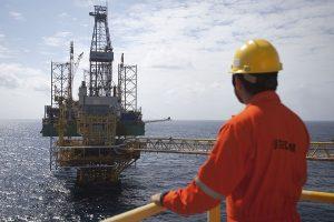 OPEP eleva el precio del petróleo