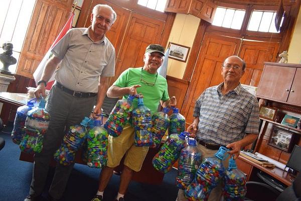Vecinos de La Punta ayudan a cuidar el medio ambiente