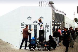 Alianza Lima: Pastor Santana dice que pintaron paredes de blanco como símbolo de paz y amor