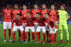 Suiza empata 2-2 con Costa Rica y clasifica a octavos de final