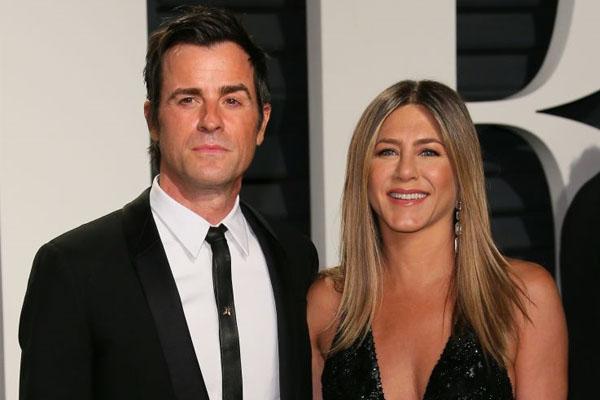 Jennifer Aniston se convertiría en madre