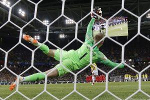 Inglaterra a cuartos de final tras vencer por penales a Colombia