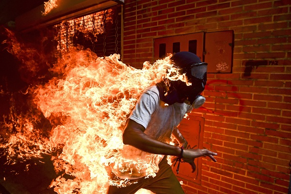 World Press Photo lo gana el venezolano Ronaldo Schemidt