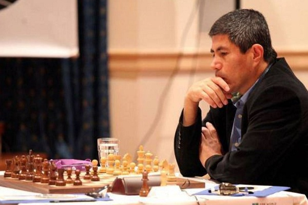 Julio Granda: Homenaje al campeón mundial de ajedrez