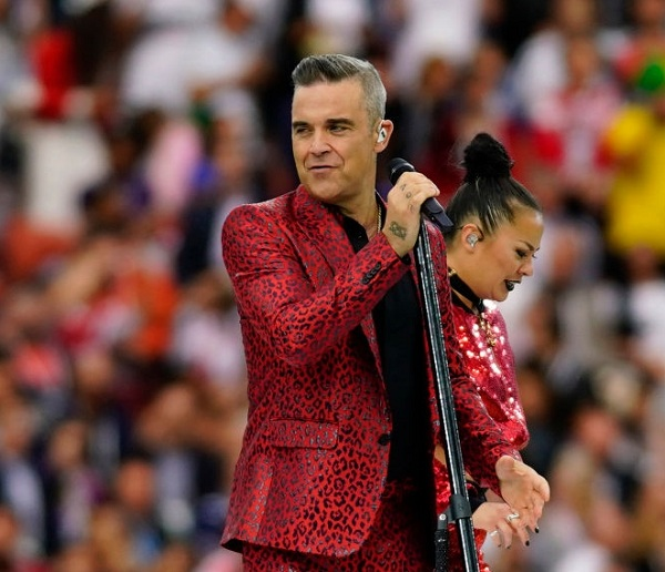 Robbie Williams cree que sufre de Asperger