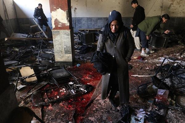 Afganistán: Atentado suicida deja 41 muertos en Kabul