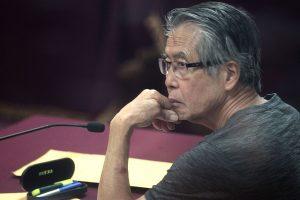 Denuncian persecución contra Alberto Fujimori
