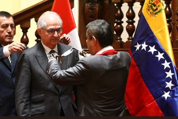 Congreso condecora a opositor venezolano Antonio Ledezma