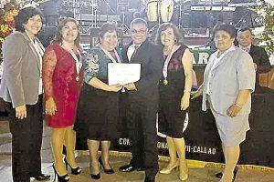 Colegio de Enfermeros del Callao distingue a profesionales