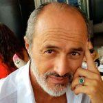 Carlos Alcántara: pide ayuda y lo cuestionan