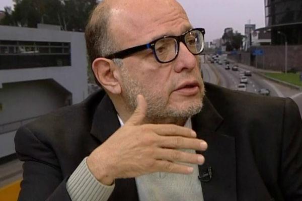 """Carlos Chipoco: """"Vivimos crisis institucionalmás grave de Latinoamérica"""""""