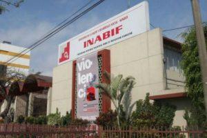 Padres pierden custodia de menores en Carmen de La Legua