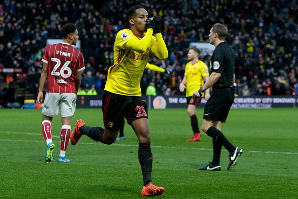 Carrillo anota en goleada del Watford sobre el Bristol City