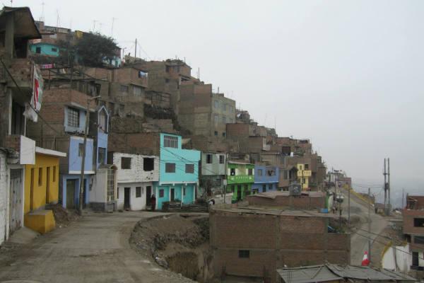 Lima: 20 % de viviendas colapsaría por terremoto