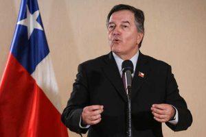 """Chile: Canciller pide a Evo Morales """"no ponerse nervioso"""" por unos ejercicios militares"""