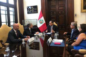 Cumbre de las Américas: Martín Vizcarra se reúne con Luis Almagro