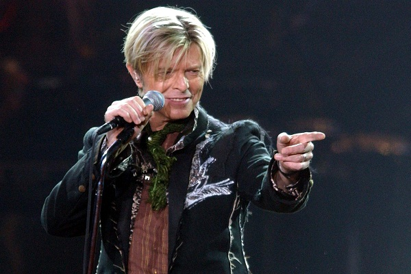 Los amigos de David Bowie le rinden homenaje