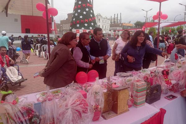Inauguran la II Expoferia Navideña en el Callao