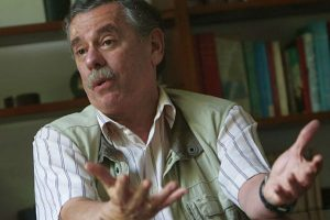 """""""Zavala debería concentrarse en el Ministerio de Economía"""""""
