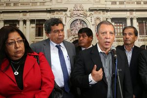 FA insiste en reforma total de Carta Magna