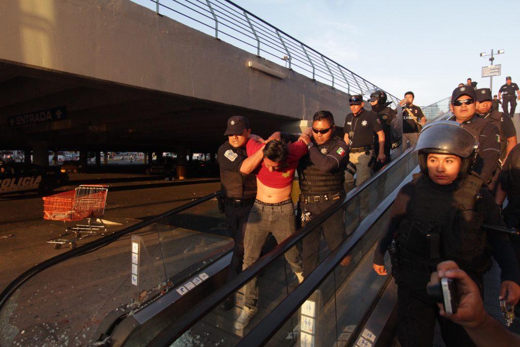 México: 182 detenidos durante «gasolinazo» [Fotos]