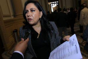 Gloria Montenegro renuncia a grupo investigador