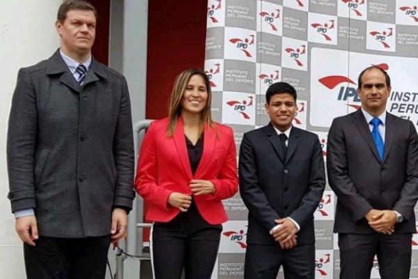 Laureles deportivos para Alexandra Grande y Jesús Altamirano