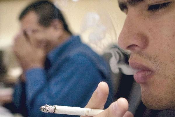 Minsa: Humo del tabaco aumenta el riesgo de contraer enfermedades respiratorias