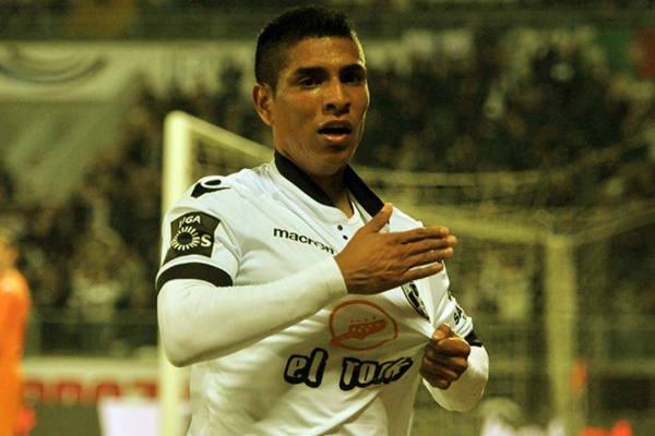 Gol de Paolo Hurtado en derrota del Vitoria Guimaraes