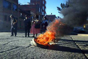 Puno y Tacna protestan contra aumento del ISC