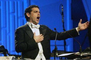 Juan Diego Flórez recibe elogios por su presentación en el Teatro Colón