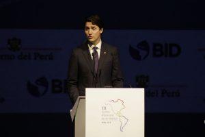 Justin Trudeau defiende el libre comercio