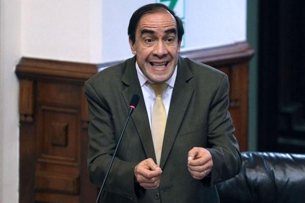Acción Popular sí estaría de acuerdo con nuevas elecciones, asegura Yonhy Lescano