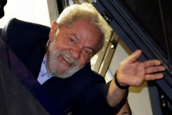 Brasil: Juez ordena la liberación del expresidente Lula da Silva [FOTOS]