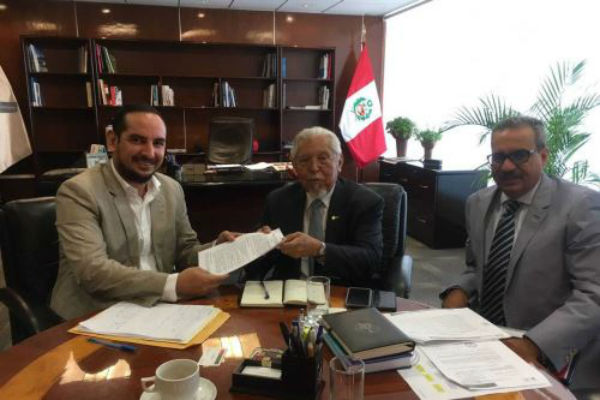 Javier Piqué del Pozo ratifica apoyo a la región de Tumbes