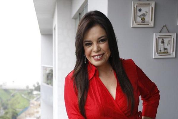Milagros Leiva: «Vizcarra deja a un Perú deteriorado» | Entrevista