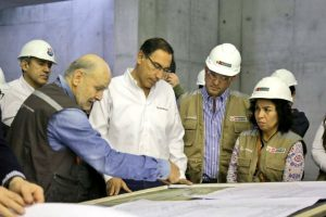 Martín Vizcarra inspeccionó la construcción del Museo Nacional del Perú