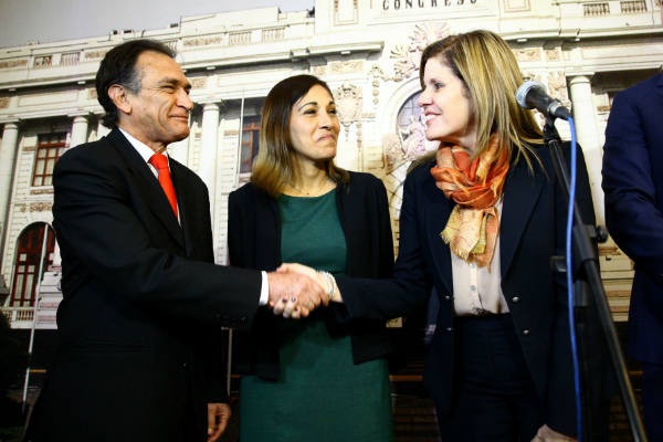 Mercedes Aráoz sobre reunión con Fuerza Popular: «Fue sincera»
