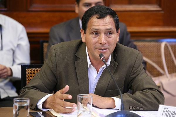 Modesto Figueroa: Asesor de congresista es un exfiscal destituido por cuestionable accionar [VÍDEO]