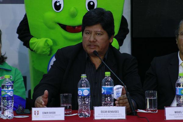 Oviedo reitera compromiso de la FPF para apoyar a Guerrero