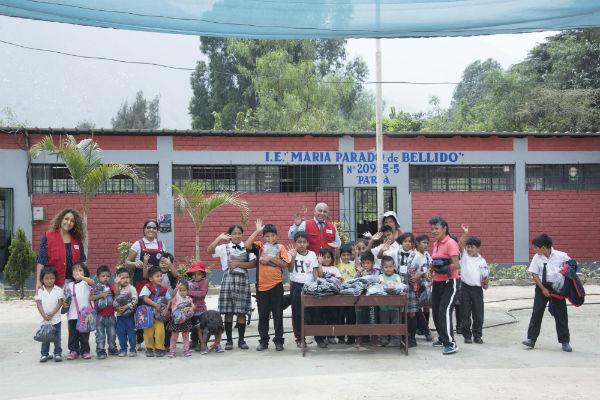 PROAS lleva donativos a niños de Ñaña y Huarochirí