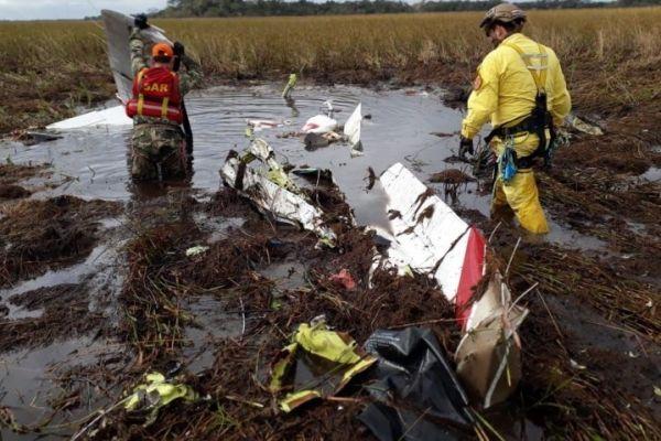 Paraguay: Ministro y viceministro de Agricultura mueren al estrellarse en avioneta [VIDEO]