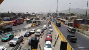 Caos vehicular por nuevo peaje en Puente Piedra