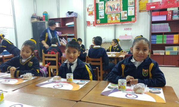 550 mil escolares de Lima y Callao reciben desayunos