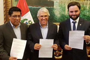 Alberto de Belaunde: Renunciantes de PpK rechazan moción de vacancia