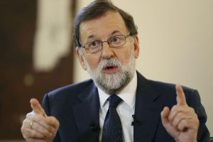 """Mariano Rajoy pide a Puigdemont evitar """"males mayores"""""""
