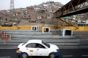 Retiran casetas de peaje en Puente Piedra